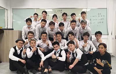 热烈祝贺雅业第二期3×3发型师培训开课啦!